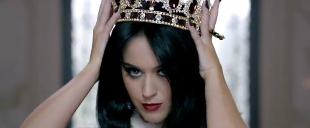 katy-perry-killer-queen-still